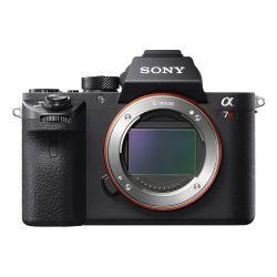 Cámara Sony a7R II con Sensor de Imagen Full Frame con Retroiluminacion ILCE7RM2