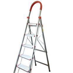 Escalera de Aluminio Brogas ESC-06 6 Escalones