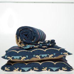 Cubrecama Micromatelasseado Oro Queen Flor Azul